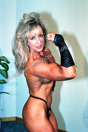 BSP10PD - 'The Big Flex' - featuring: Cyndy Jones - Nudity - Adults Only - Download Photo Album - 30 Images