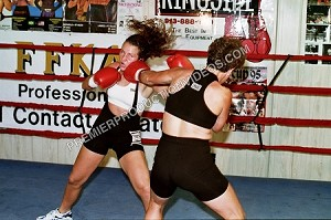 "VV40DVD - ""Real Boxing"" -  featuring: Roxanne and Nikki - (70 minutes) - DVD"